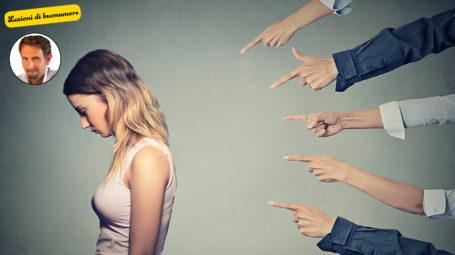 Lezioni di buonumore: come liberarsi dal giudizio degli altri in due mosse