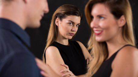 Perché l'infedeltà continua a far soffrire: 11 domande sul tradimento