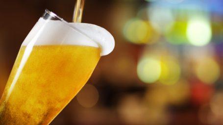 8 buoni motivi per bere birra (con moderazione)