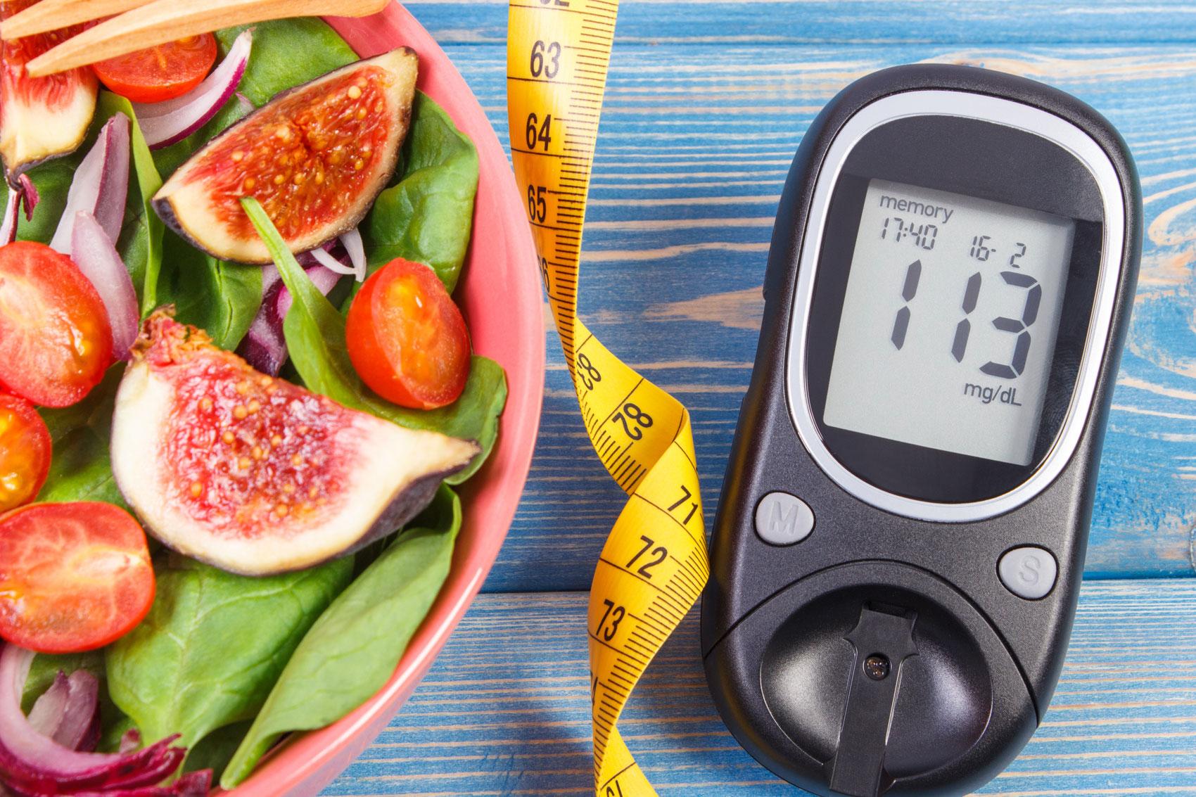 frutta fersca e misuratore glicemia