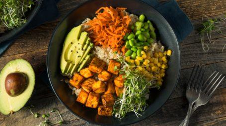 Il piatto veg: come organizzare un menu senza carne né pesce