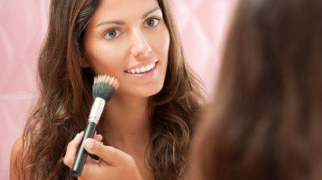 Fondotinta: come scegliere bene quello più adatto alla tua pelle
