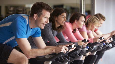 Palestra e corsi di gruppo: la sfida è il nuovo modo di allenarsi