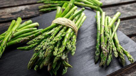 Asparagi, 3 ricette per cucinare piatti completi e sani