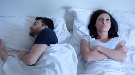 Le migliori soluzioni per smettere di russare