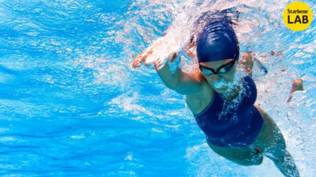 costume da nuoto, piscina