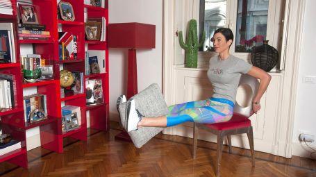 Gambe, glutei e tricipiti: l'allenamento con la sedia