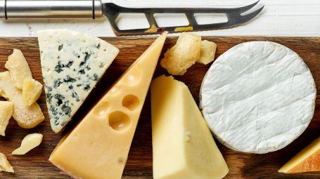 """Formaggi senza lattosio: ecco quali sono """"lactose free"""" per natura"""