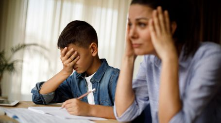 Genitori oggi: perché papà e mamma si sentono insicuri