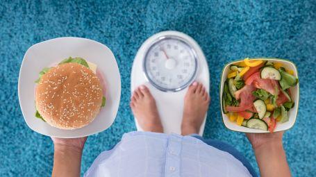 Sovrappeso e obesità: quanti rischi per quei chili in più