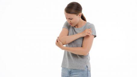 Epicondilite (gomito del tennista): 4 esercizi contro il dolore
