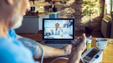 Telemedicina e cure a distanza: lo specialista arriva a casa tua