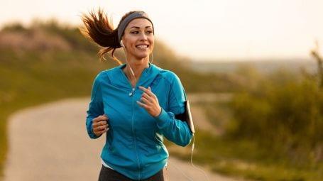 Corsa, come correre bene: postura corretta errori da evitare