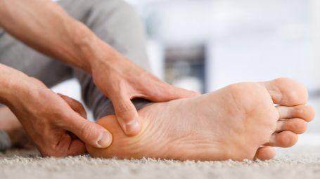 Fascite plantare: le cause e cosa fare contro il dolore