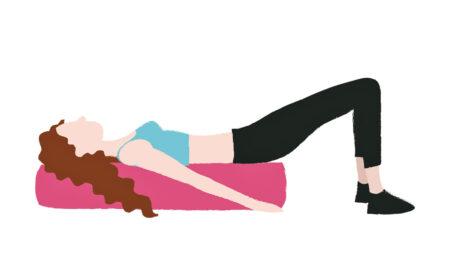3 esercizi con il foam roller per spalle, schiena e core