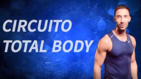 Tonici e in forma con il circuito total body – Video